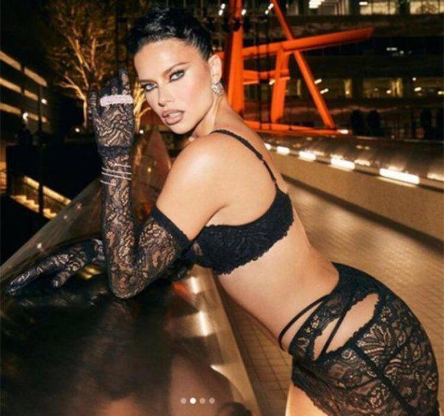 40 yaşındaki güzel Adriana Lima pozlarıyla sosyal medyayı kasıp kavurdu - Resim: 4