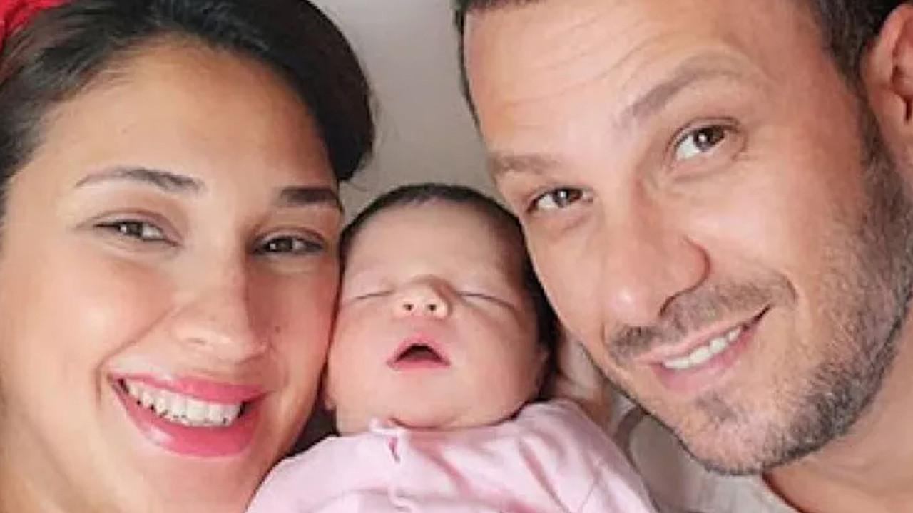 Zuhal Topal yeni yaşını ailesiyle kutladı
