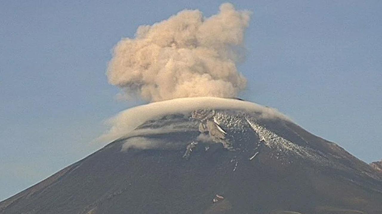 Bir yanardağ daha aktif hale geldi