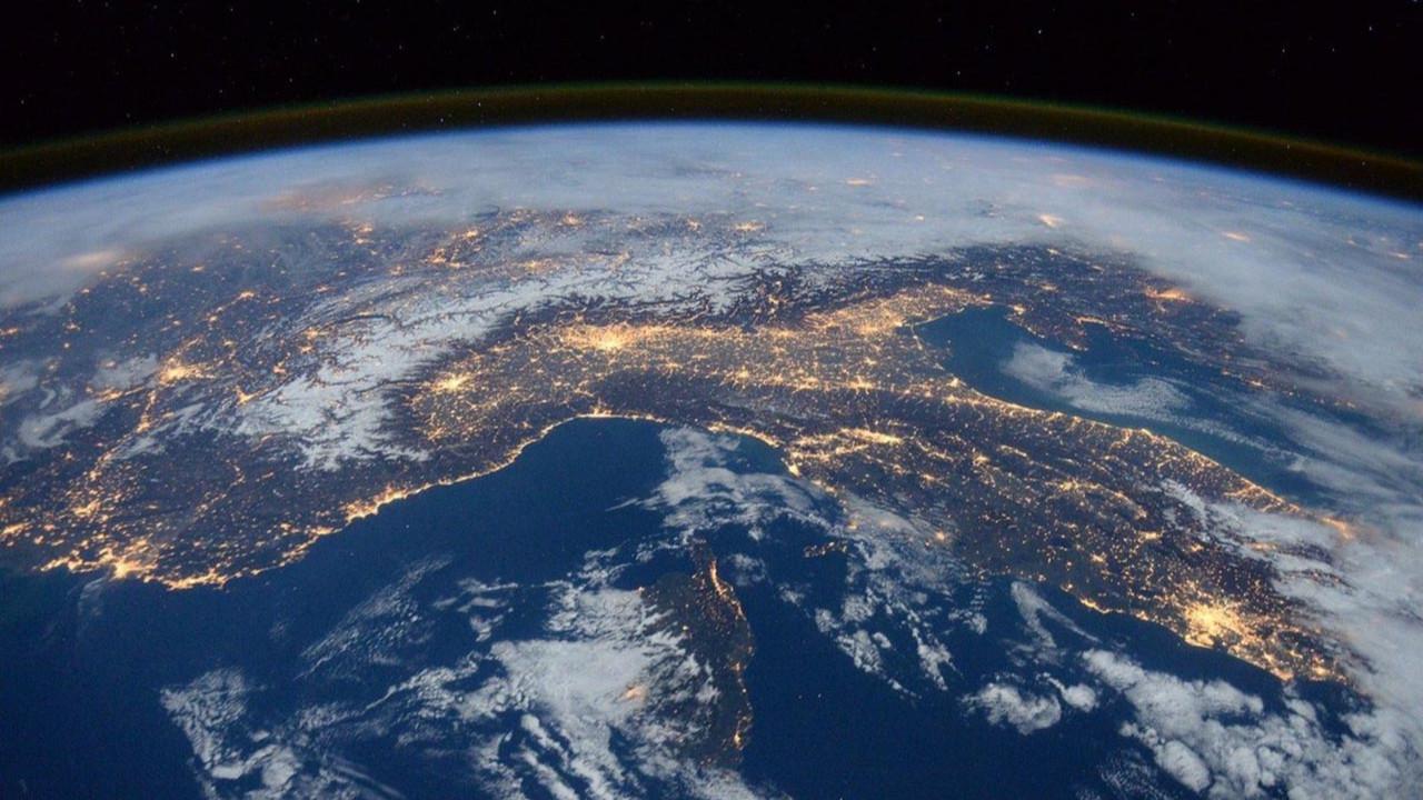 NASA bir gün sonra fark etmiş! Dünya felaketin eşiğinden döndü