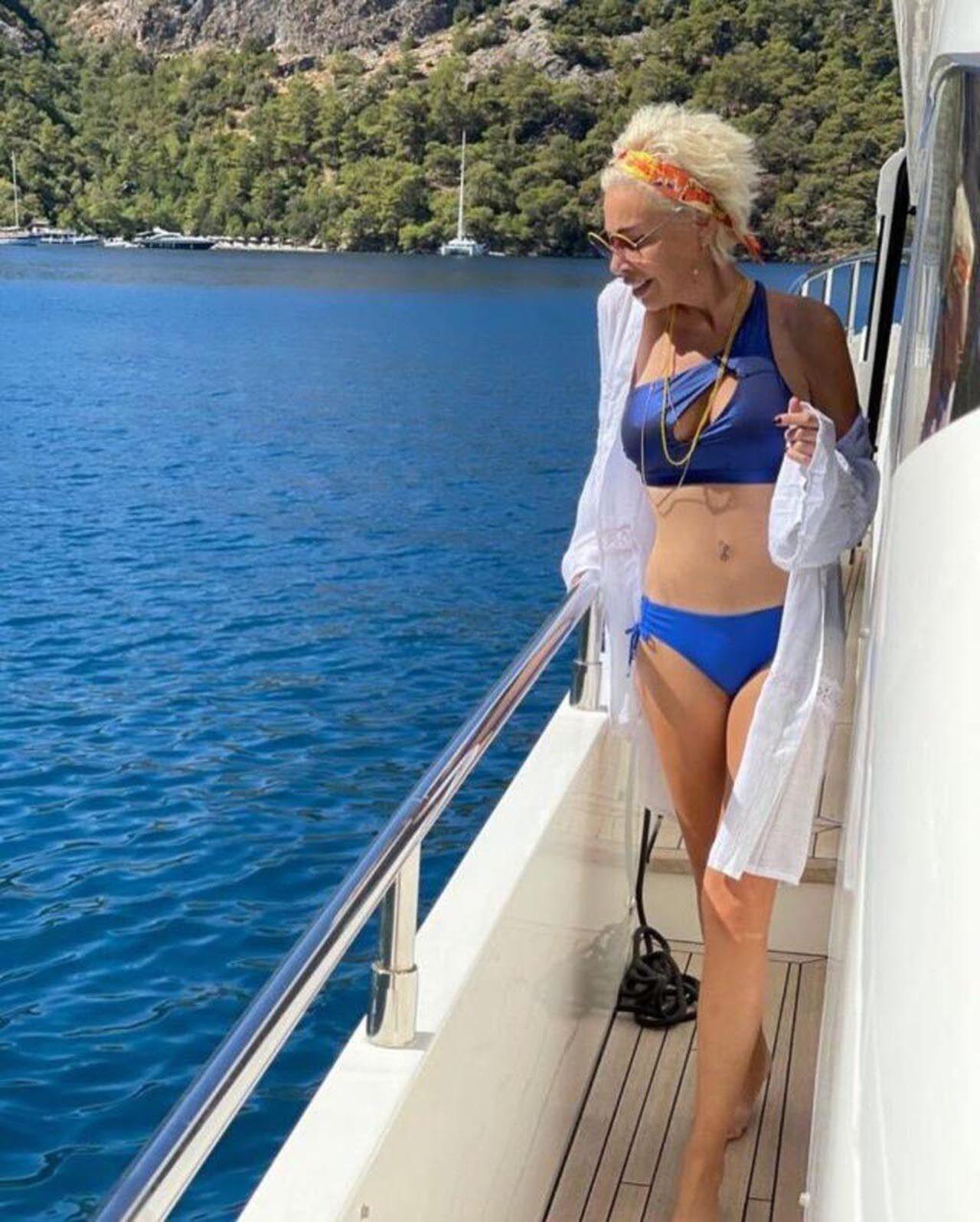 Linet, bikinili pozlarına dikkat çeken yorum: ''Aaa göbek deliği yokmuş!'' - Resim: 4