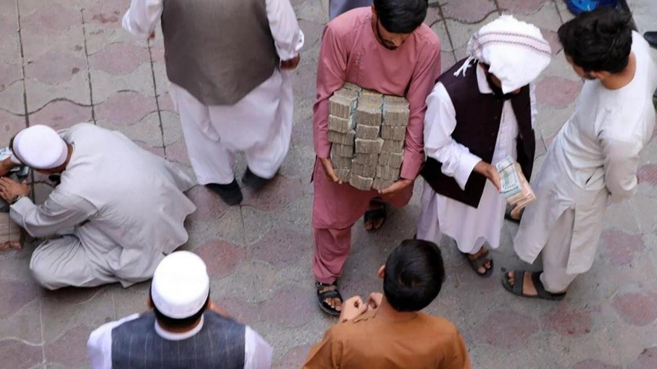 Afganistan'da büyük kriz: Ekonomi çökme noktasında