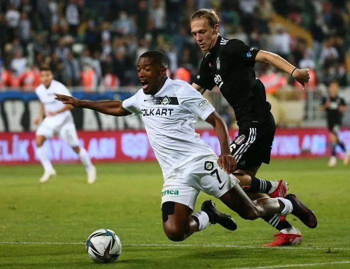 Sergen Yalçın'dan Ajax maçı için Beşiktaş'a sürpriz kadro - Resim: 3