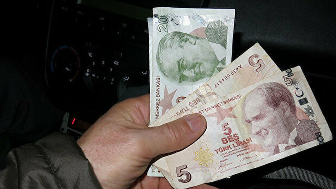 Yeni 5 TL ve 20 TL'lik banknotlar tedavüle girdi