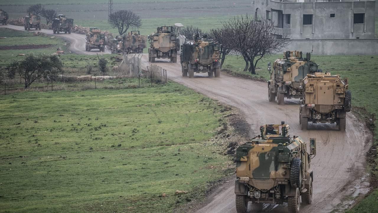 ''TSK, İdlib'in kuzeyine çekiliyor''