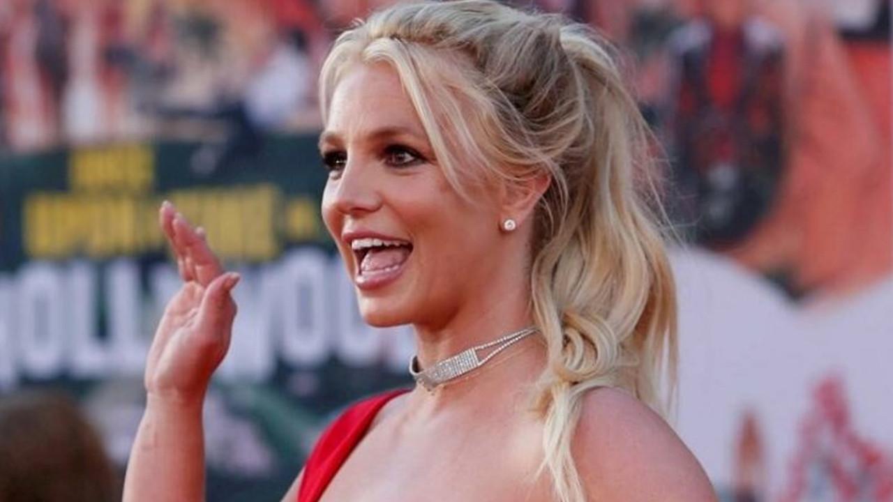 Britney Spears'ten hayranlarını üzen haber