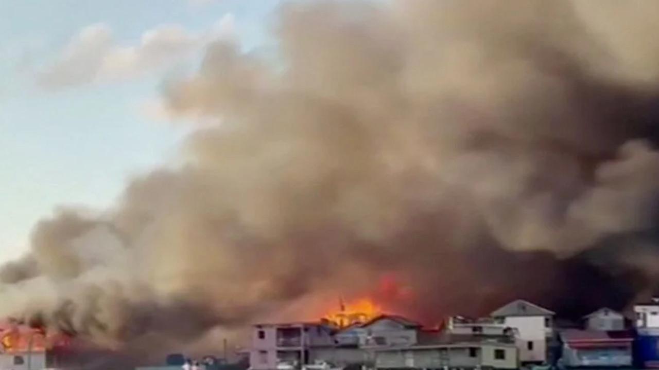 O ülkede korkunç yangın:90 ev küle döndü