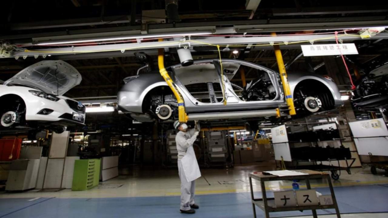 Japon otomotiv devi de üretimini durdurdu