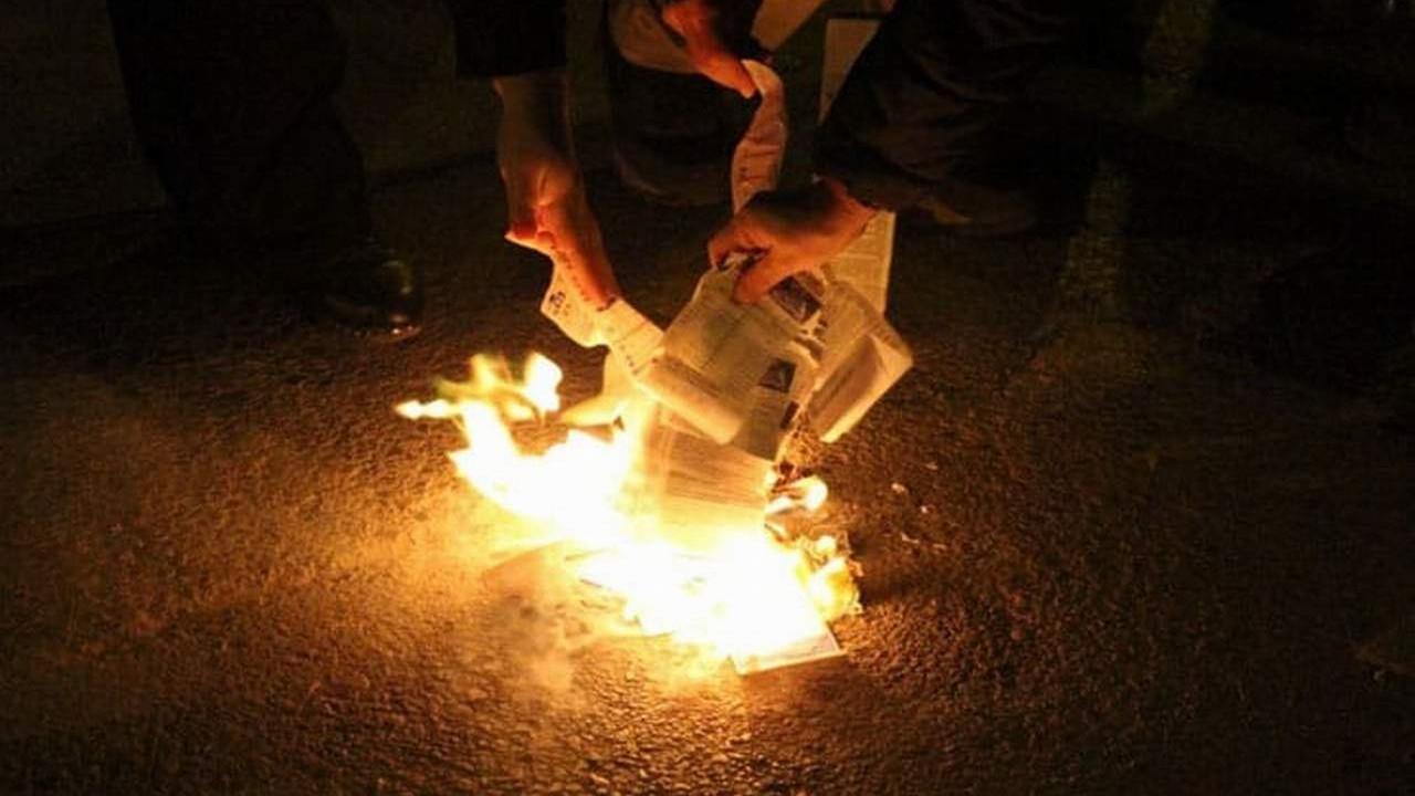 Yazar kasa atmadılar ama faturaları yaktılar