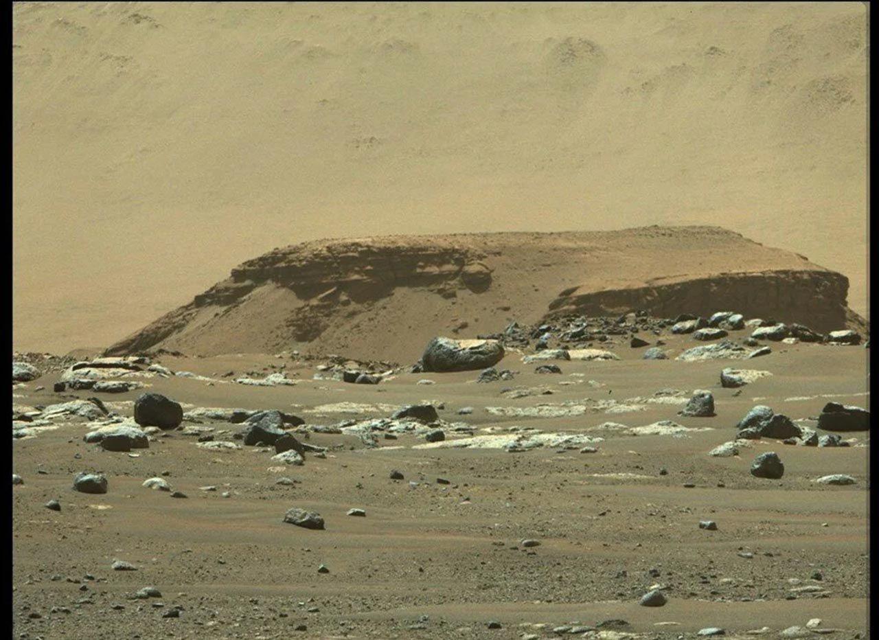 NASA fotoğraflarını paylaştı: Mars'ta tarihi keşif - Resim: 4
