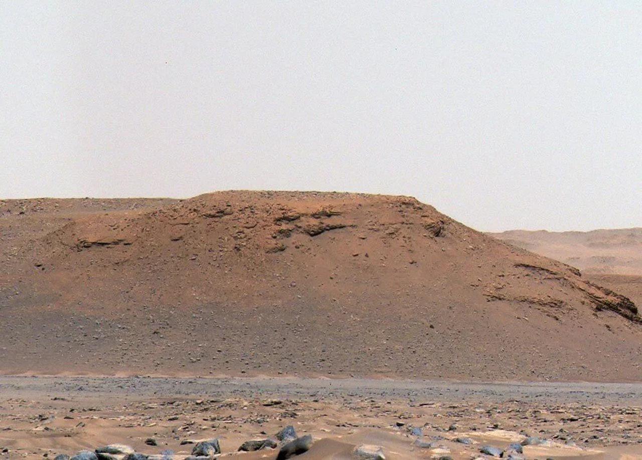 NASA fotoğraflarını paylaştı: Mars'ta tarihi keşif - Resim: 1