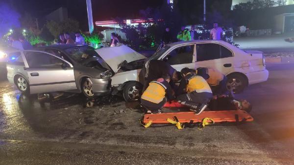 Kırıkkale'de feci kaza: 3'ü ağır 4 yaralı