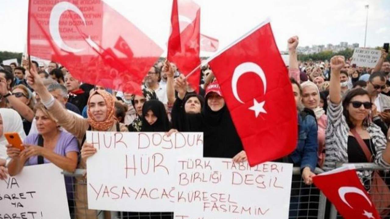 İzmir'de aşı karşıtlarına ''Kordon'' yasağı