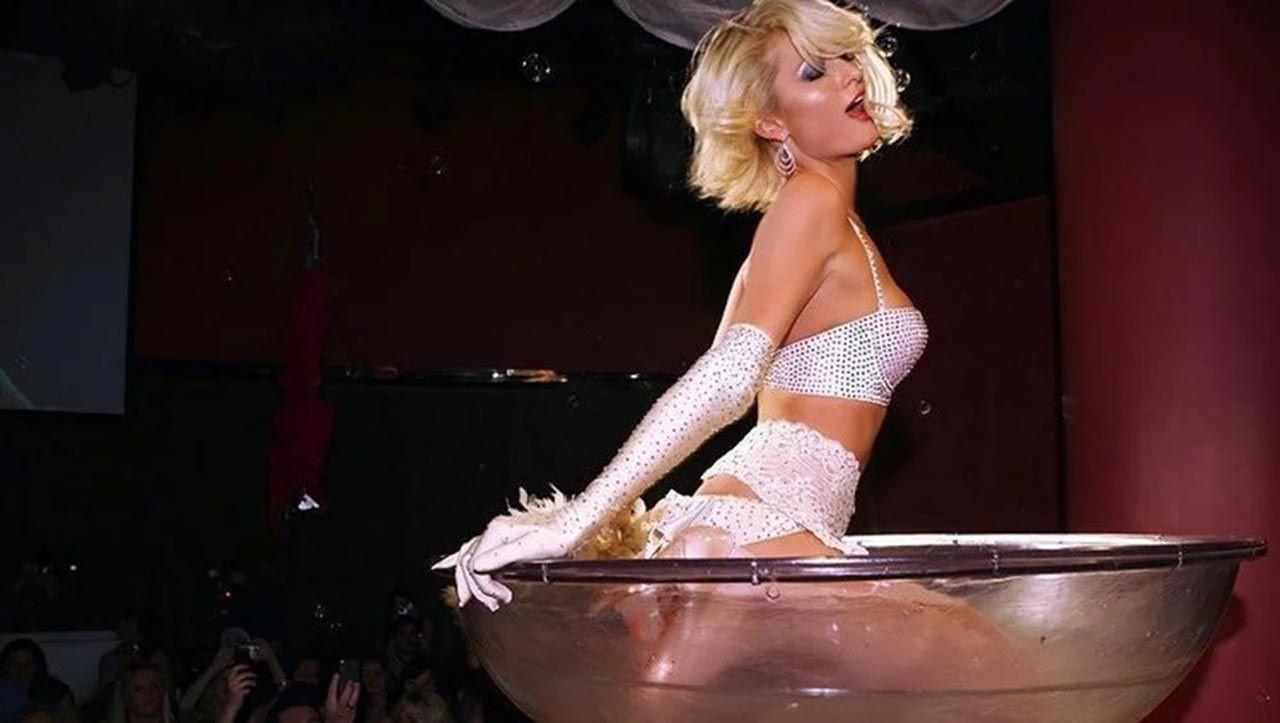 Paris Hilton'un bekarlığa veda partisi bitmek bilmiyor - Resim: 2
