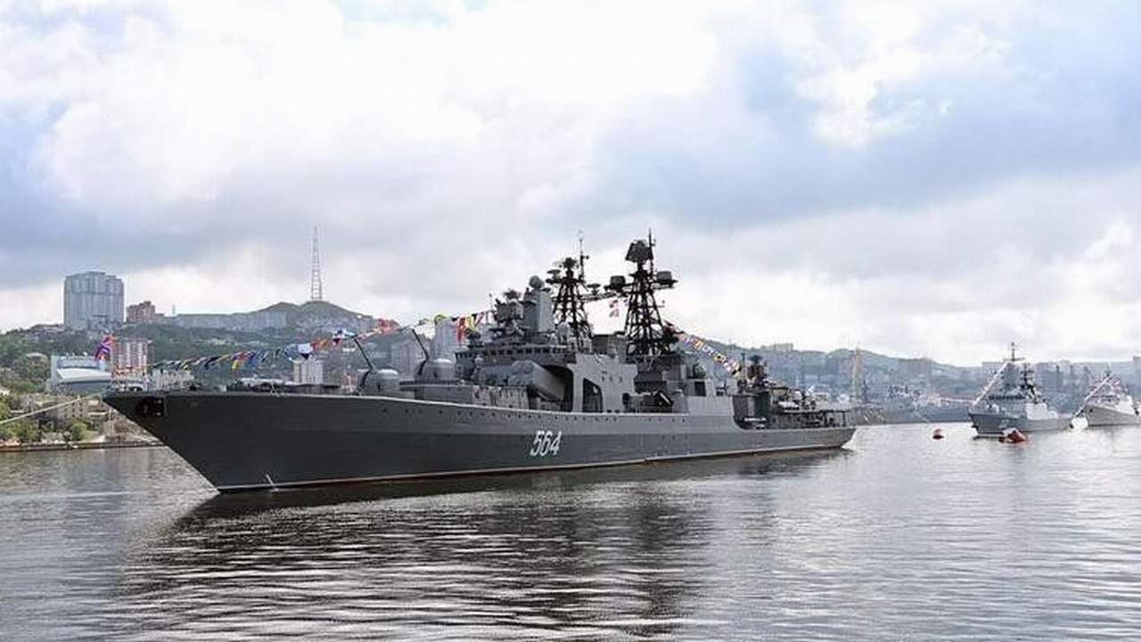 Rusya ve ABD donanmaları karşı karşıya
