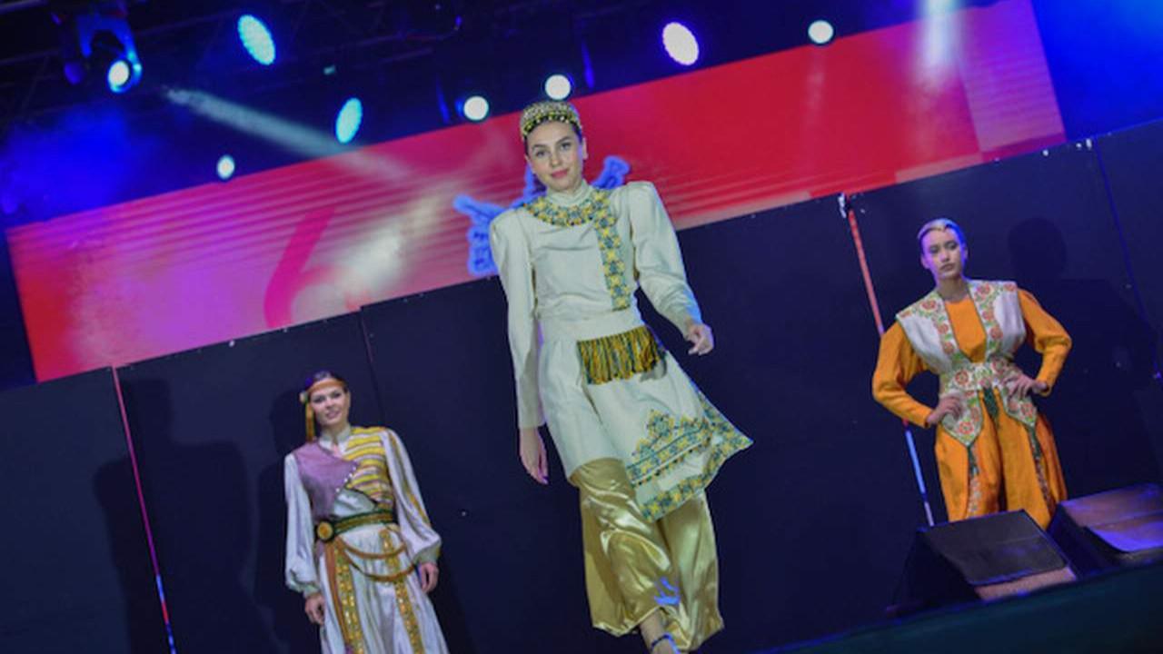 Muratpaşa'daki Kaleiçi Old Town Festivali'nde ikinci gün sona erdi