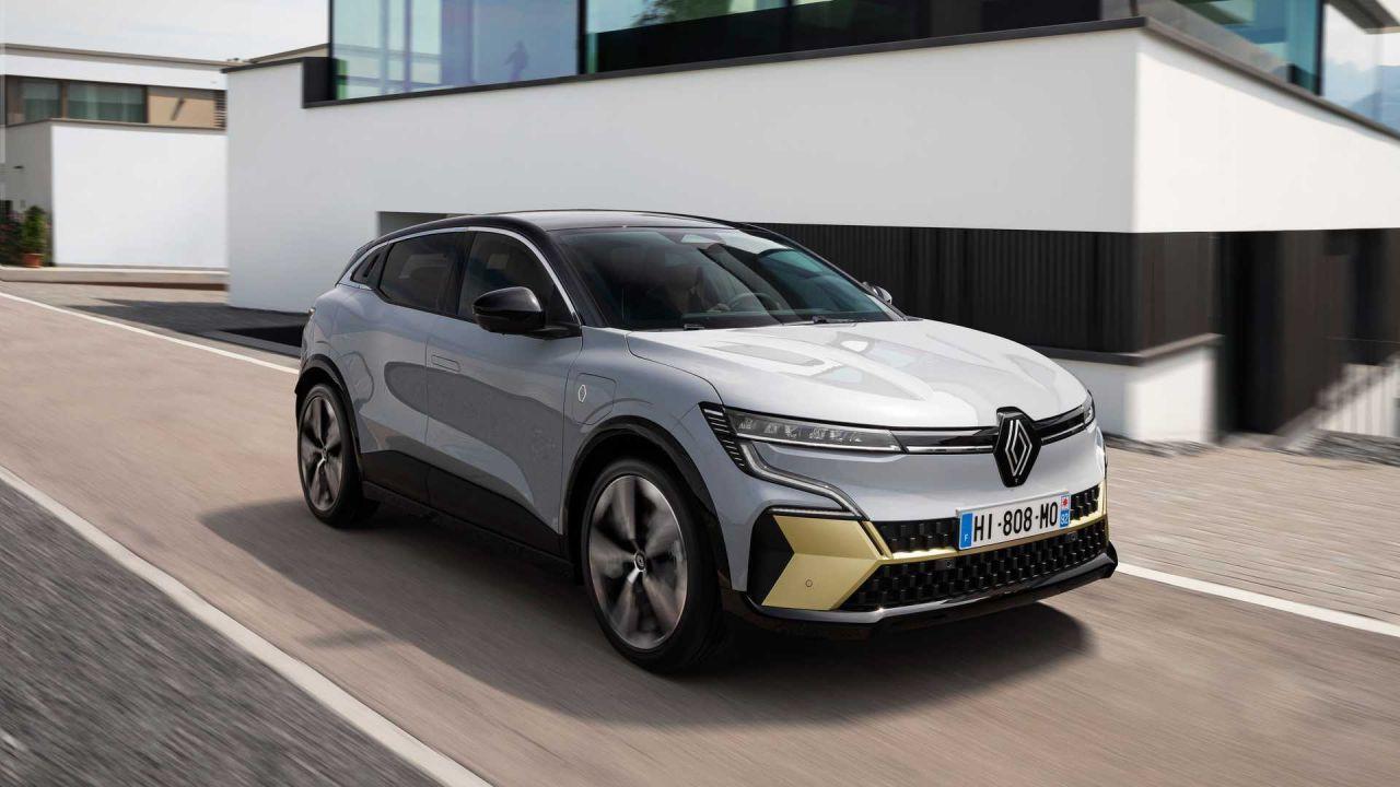 Renault, Megane'ı A'dan Z'ye değiştirdi...