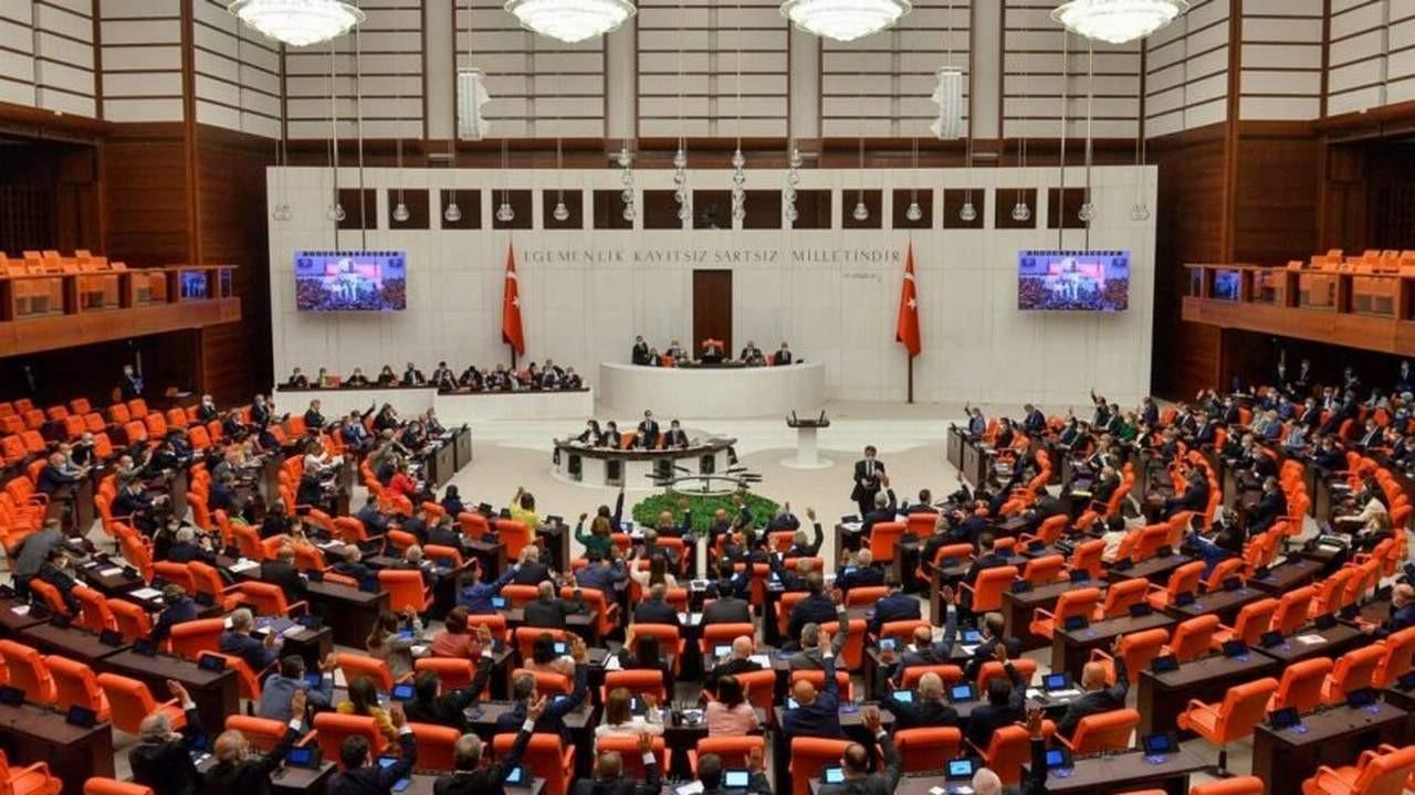 TÜGVA önergesi Meclis'te reddedildi