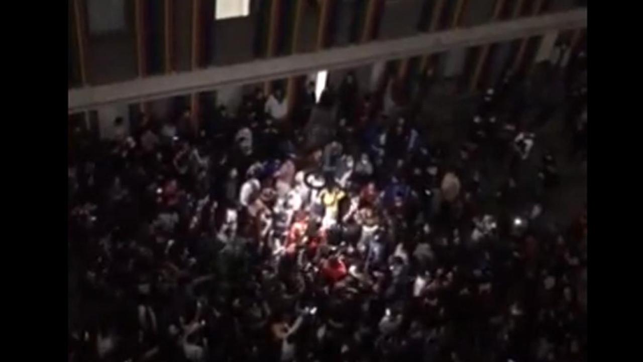 KYK yurdunda eylem! İBB Başkanı İmamoğlu devreye girdi