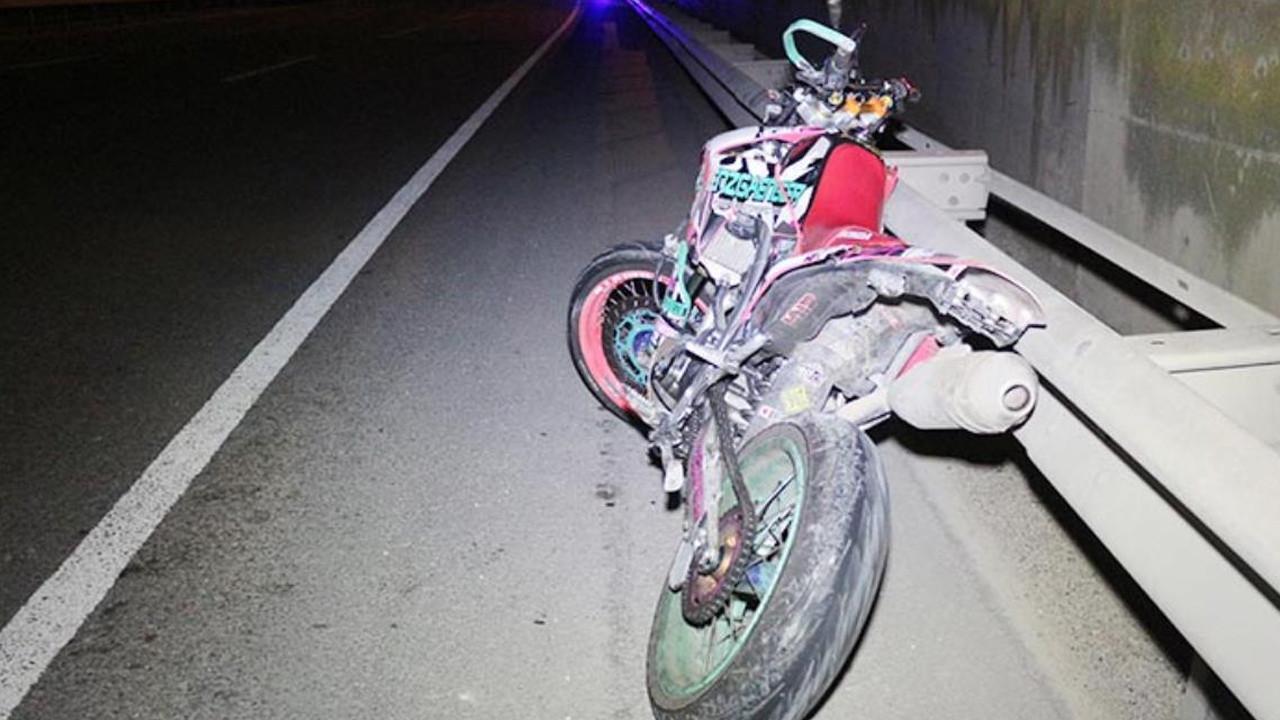 İnanılmaz kaza! TIR'a bacağı sıkışan motosikletli metrelerce sürüklendi