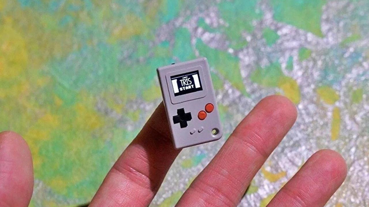 Dünyanın en küçük oyun konsolu üretildi