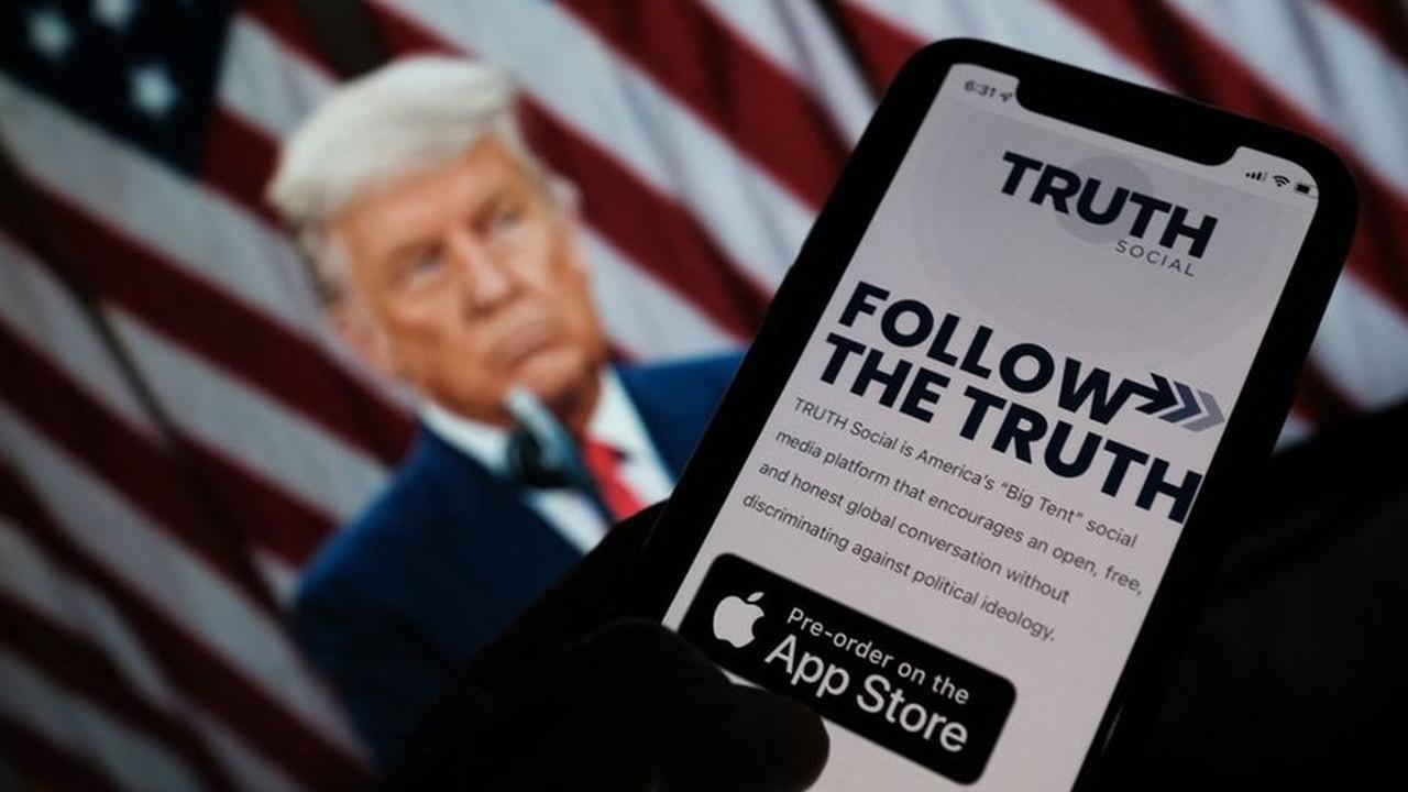 Trump, sosyal medya yasaklarına karşı çözümü böyle buldu