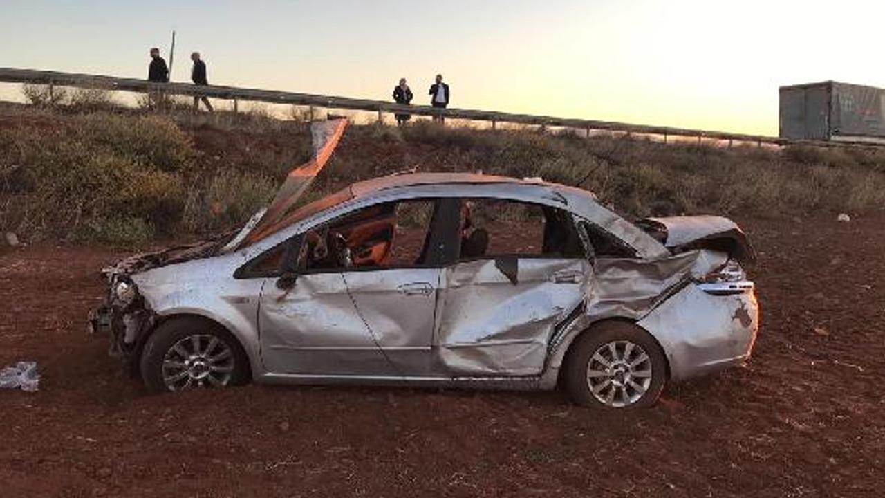 Otomobil şarampole uçtu: Ölü ve yaralılar var