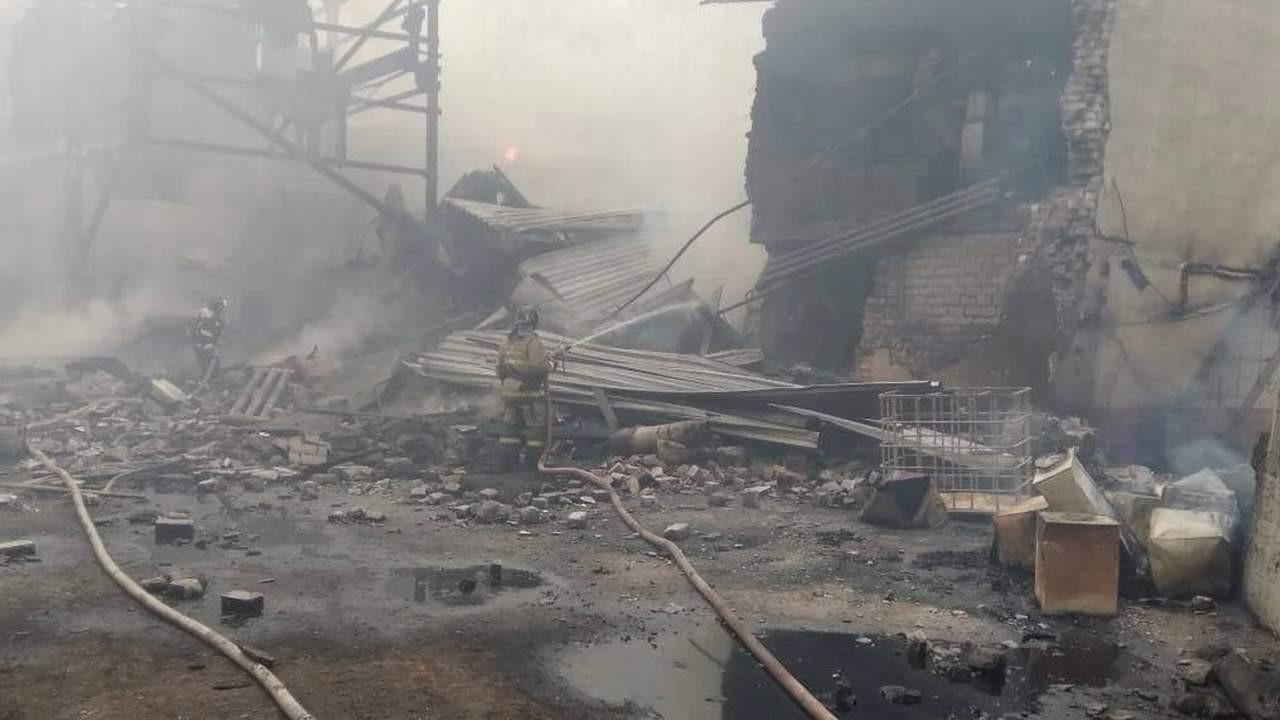 Fabrikada patlama: Ölü ve yaralılar var!