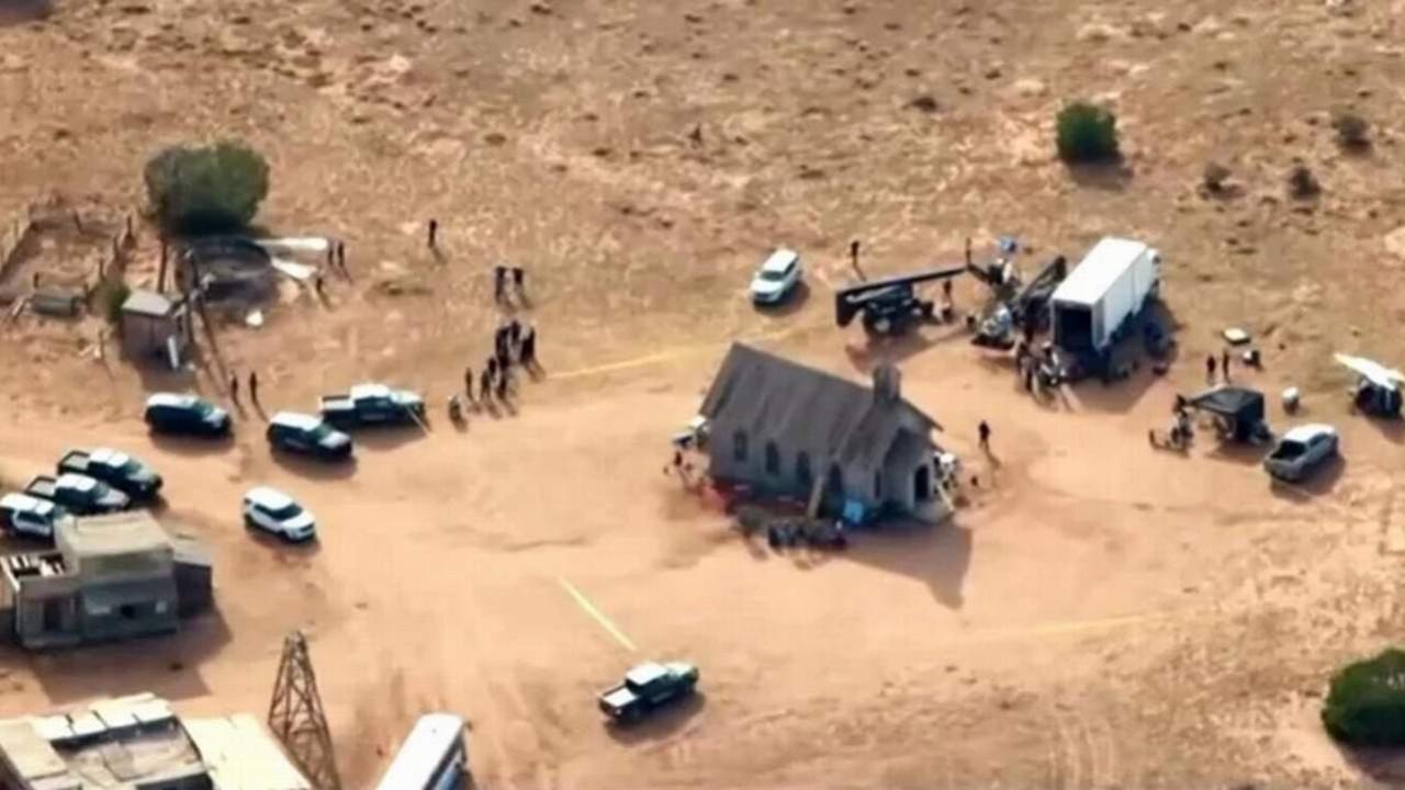 Kaza mı, cinayet mi ? Alec Baldwin'e gerçek silah mı verildi?