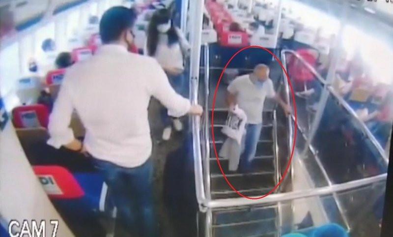 İstanbul'da deniz otobüsünde cinsel taciz kamerada