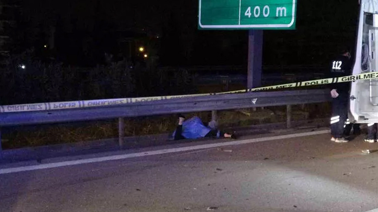 Otomobilden fırlayan genç kız hayatını kaybetti