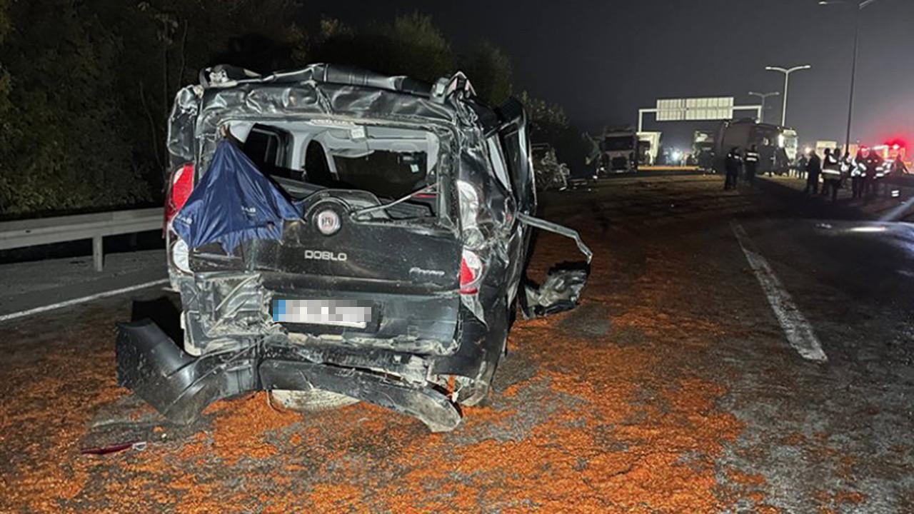 Otoyolda ''salça'' faciası: 18 araç birbirine girdi, ölü ve yaralılar var!