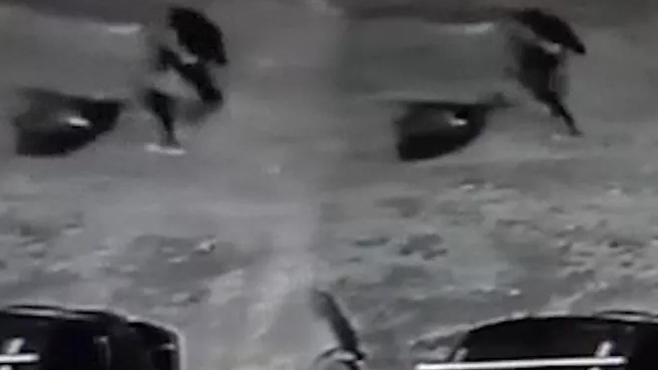 Korkunç cinayet: Başını kestiği kadının cesedini boş araziye attı