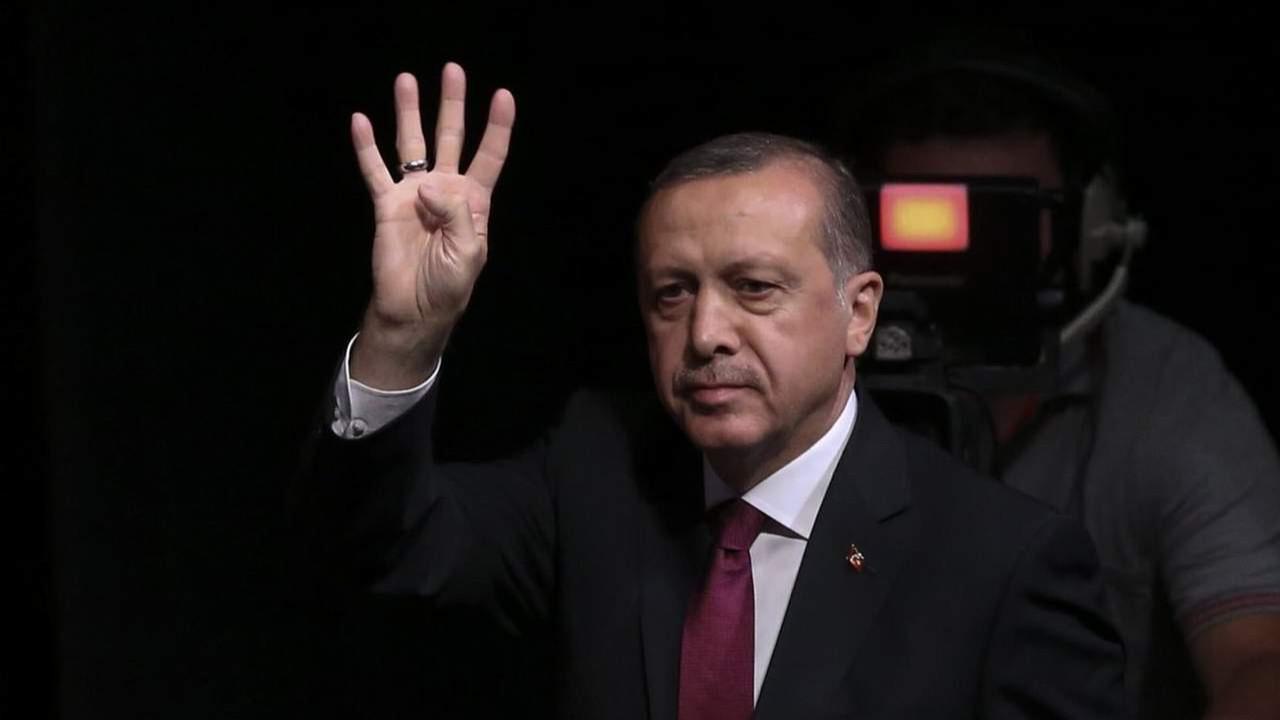Erdoğan 3 çocuk tavsiyesini büyüttü