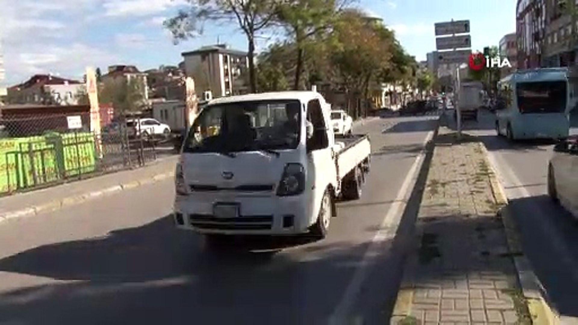 İstanbul'da scooter faciası! Otobüsün altında sürüklendi