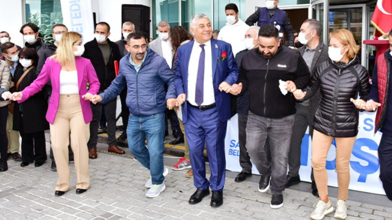 Davul zurnayla kutladılar: Sarıyer Belediyesi'nde asgari ücret 5 bin TL oldu