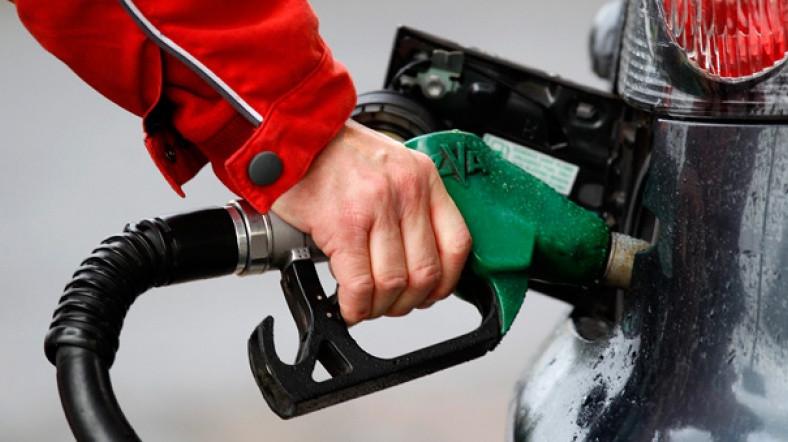 Benzin fiyatlarına ''kallavi'' zam korkusu