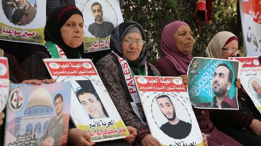 İsrail hapishanelerindeki tutuklu Filistinli sayısı dudak uçuklattı