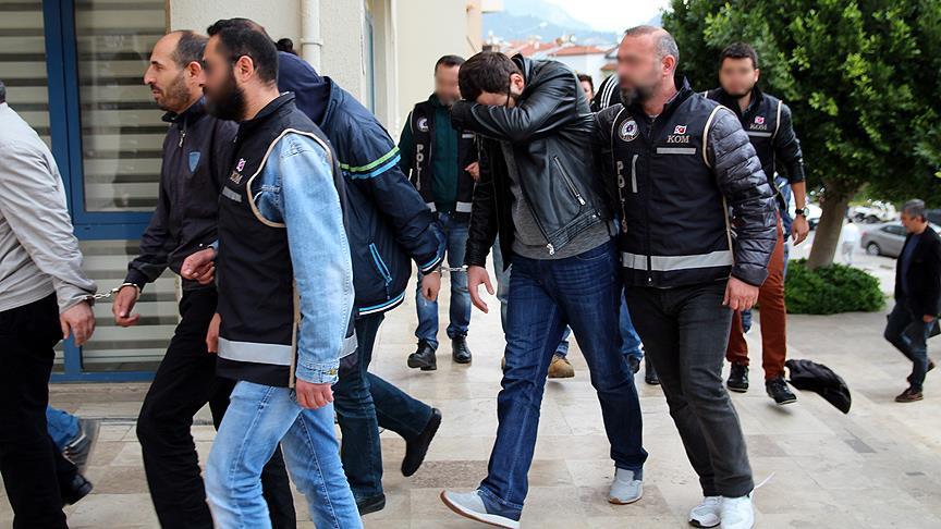 Rodos'a kaçmaya çalışan iki FETÖ'cü tutuklandı