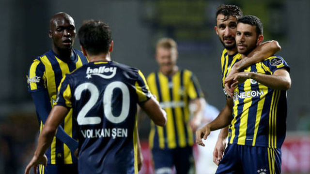 Advocaat'tan Galatasaray'a büyük sürpriz !