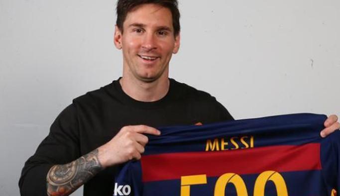Messi'ye 500. gol kutlaması