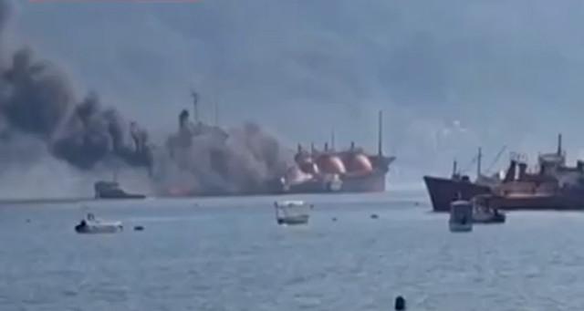 LPG yüklü tankerde yangın! Olay yerinden ilk kareler