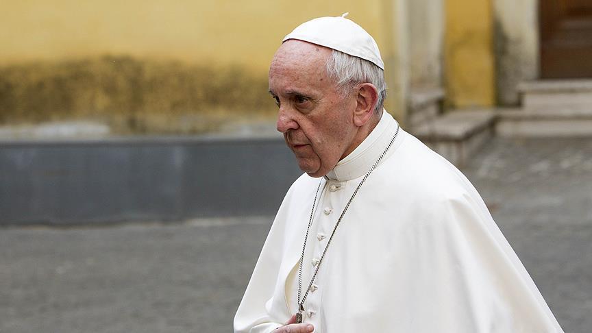 Papa'dan Suriye'deki kimyasal saldırıya kınama