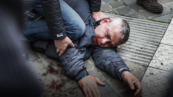 Belçikalı siyasetçiyi Türk saldırgan bıçakladı