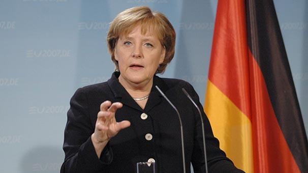 Merkel'den gemileri yakacak İncirlik açıklaması