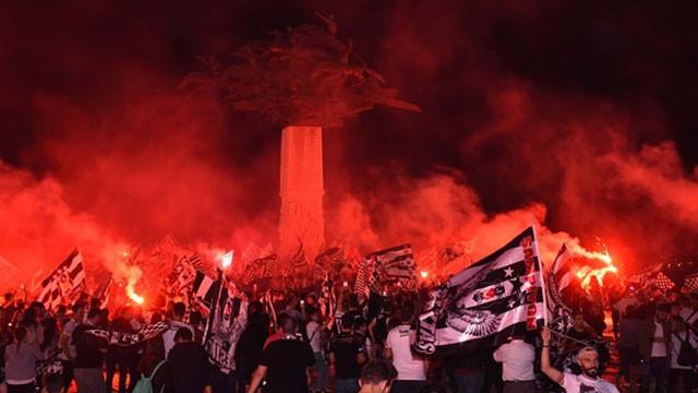 Beşiktaşlılar şampiyonluğu böyle kutladı
