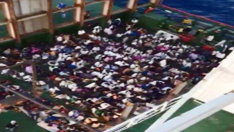 Türk gemisi yüzlerce kişiyi ölümden kurtardı