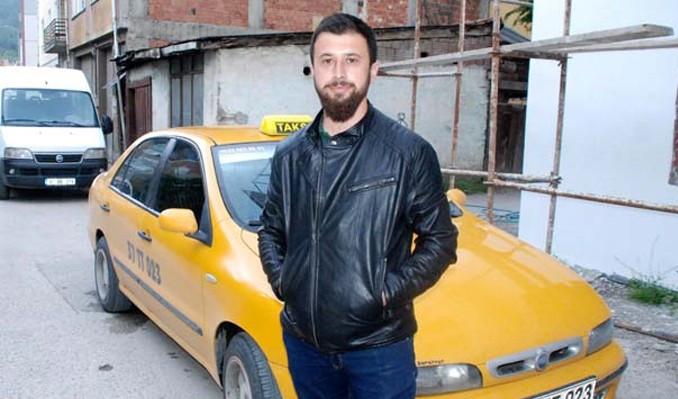 Dikkatli taksici dolandırıcıyı böyle yakalattı