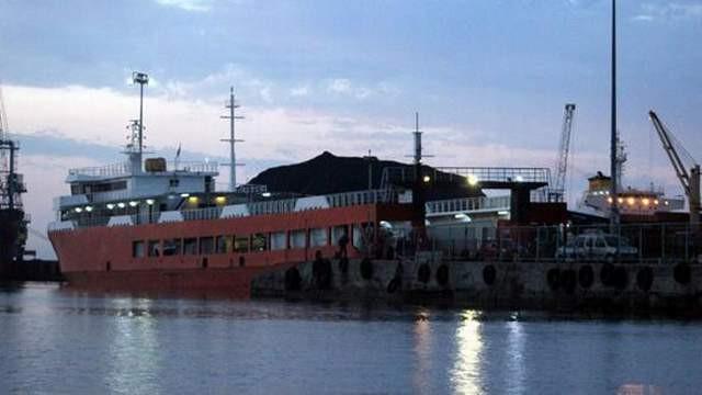 Marmara Denizi'nde büyük kaza: Yük gemisi ile feribot çarpıştı
