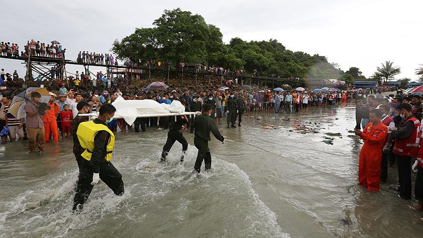 Myanmar'da düşen uçaktaki 76 kişinin cesedine ulaşıldı